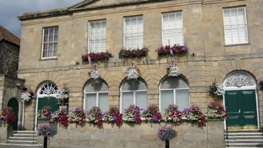 Glastonbury-Town-Hall-image.jpg