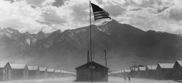 japanese_internment_camps_getty-615310630-feautre.jpg